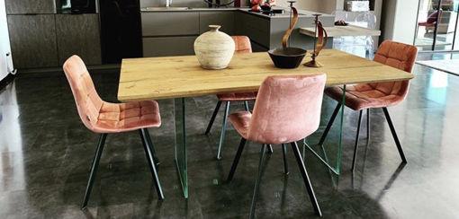 Immagine di Tavolo e sedie