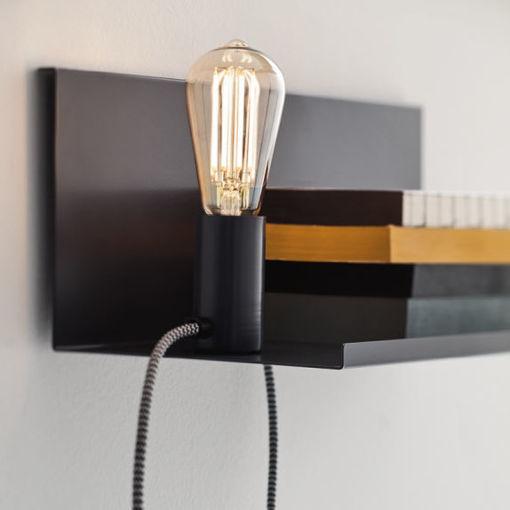Applique con lampadina mobile.