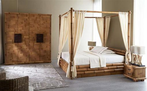 Letto in bambù modello Monsoon.