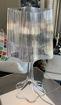 Lampada da tavolo Onda in acrilico