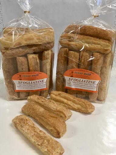 Biscotti di pasta sfogliata con burro di alta qualità e zuccherata